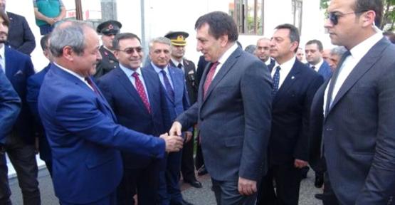 Bursa Valisi İzzettin Küçük Göreve Başladı