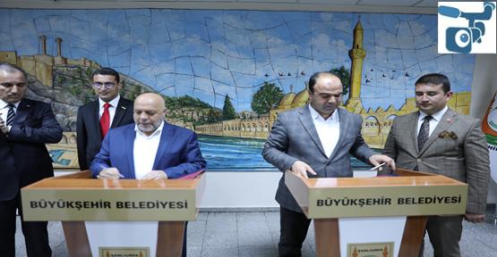Büyükşehirde toplu iş sözleşmesi imzalandı