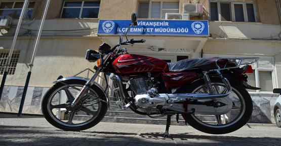 Çalınan Motosiklet Viranşehir'de Bulundu