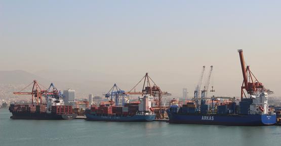 Egeli ihracatçı 2012 yılında 223 ülkeye ihracat yaptı