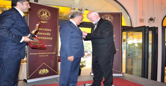 """Fakıbaba, Avrupa'dan """"En İyi Şehir En İyi Başkan"""" Ödülü"""