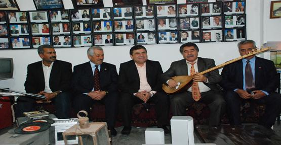 Güllüoğlu; Emekliler Derneğini ziyaret etti