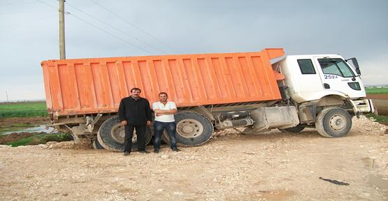 Harran'da araçlar yolda kaldı