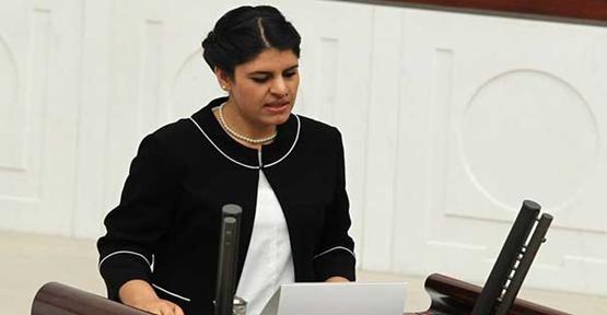 HDP Urfa Milletvekili Dilek Öcalan serbest bırakıldı