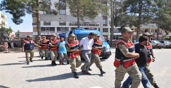 Jandarma  Aranan Şahıslara Operasyon