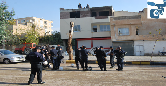 Kaçak çıkılan kat yıkıldı