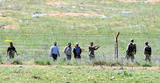 Kaçakçılar asker yaktı
