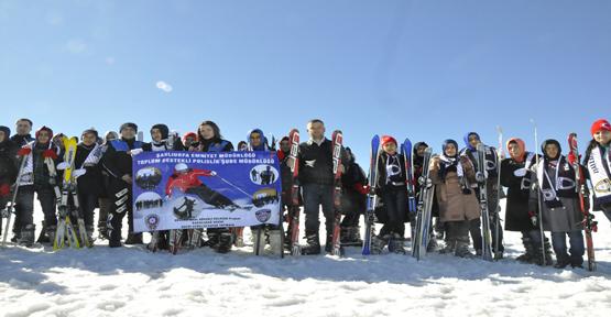 Karacadağ'da Öğrencilere Kayak Keyfi