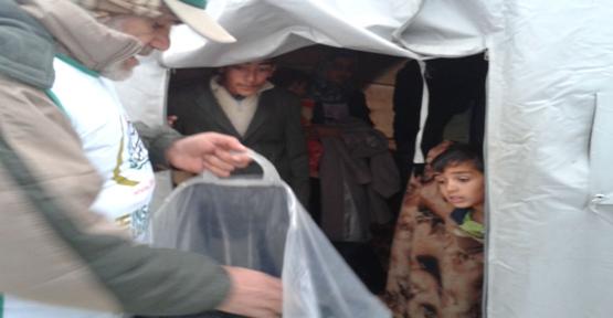 Kobani'de 300 Aileye yardım
