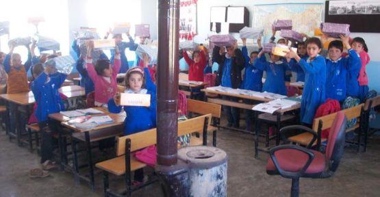 Köylü Öğrencileri Maliye Bakanlığı müfettişleri sevindirdi