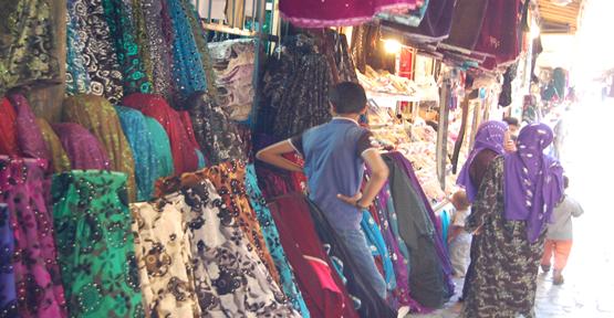 Mahalli Kıyafetler Turistlerim İlgi Odağı