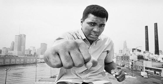 Muhammed Ali hayatını kaybetti..