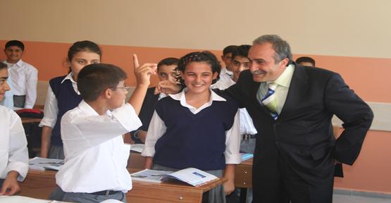 Okullar Belediye İle Hayat Buldu
