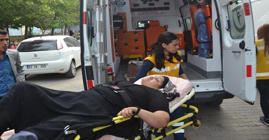 Otomobiller kafa kafaya çarpıştı, 1 ölü, 6 yaralı