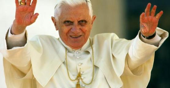 Papa'ya Seks şantajı