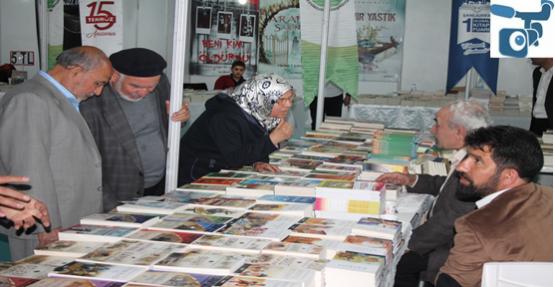 Şanlıurfa'da Kitap Fuarı Açıldı