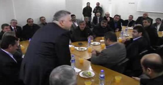 Saracoğlu, İl yönetim kurulu toplantısına katıldı