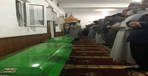 Üç Çocuğun Cenazeleri Arapça Ağıtlarla...
