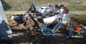 Şanlıurfa'da Sıkışmalı Kaza, 1 Ölü, 2 Yaralı
