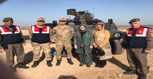 Güven'den Hudut askerlerine moral ziyareti