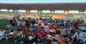 Büyükşehir Belediyespor Şampiyon