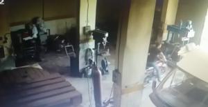 Cezaevi Firarisi 12. 'ci Motosikleti Çalmak İsterken Yakalandı