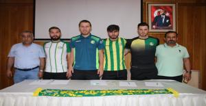 Şanlıurfaspor 4 Futbolcu İle Sözleşme İmzaladı