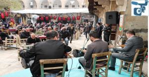 Tarihi Barutçu Han'da Aşıklar Resitali