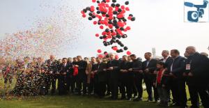 Ünlü Futbolcuların Katılımıyla Karaköprü Yeni Stadı Açıldı