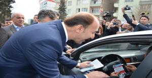"""Şanlıurfa'da """"Yaya Öncelikli Trafik"""" Başladı"""
