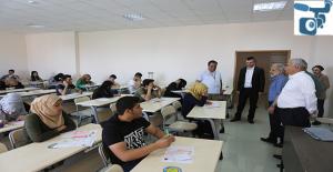 HRÜ'de Yabancı Uyruklu Öğrenci Sınavı (YÖS) yapıldı