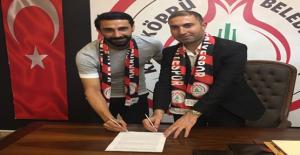 Karaköprü Belediyespor 2 Futbolcu İle Anlaştı