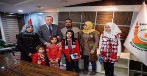 Cumhurbaşkanı Erdoğan, Şehit Edilen 9 Aylık Bebeğin Ailesi İle Görüştü
