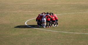 Karaköprü Kelkit Belediyespor'a 1-0 mağlup oldu
