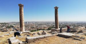 Urfa Kalesinde Tarihe Işık Tutacak Kazılar Sürüyor