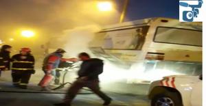 Şanlıurfa'da yolcu minibüsü alev aldı