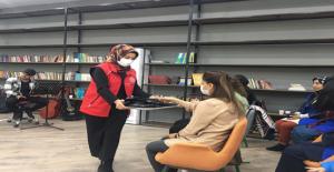Şanlıurfa Gençlik Merkezinden Kadınlar Günü Kutlaması