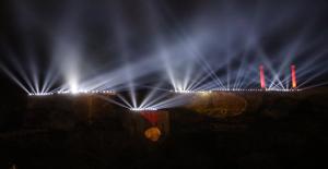 Kurtuluş Temalı Işık Ve Lazer Gösterisi Tarihi Urfa Kalesine Yansıtıldı
