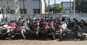 Şanlıurfa polisinden çok baskınlar, 154 motosiklet ele geçirildi