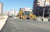 Vatandaşlar bir haftalık  asfaltın üzerine yapılan çalışmaya isyan etti