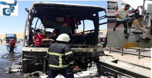 Şanlıurfa'da yolcu otobüsü alev aldı
