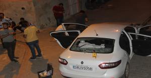 Urfa'da Park Halindeki Araç Tarandı, 1 Ölü, 1 Yaralı