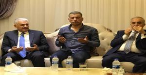 Başbakan 15 Temmuz Şehidin Ailesini Ziyaret Etti