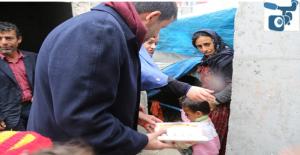 Ekinci, Çadırda Yaşayan Aileyi Ziyaret Etti