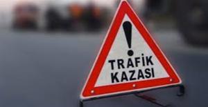 Otomobil Pikap İle Çarpıştı, 6 Ölü, 9 Yaralı