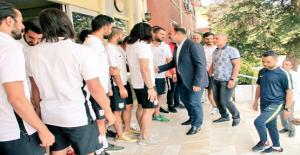 Başkan Çiftçi, Belediyesporlu Futbolcularla Buluştu