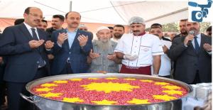 Erdoğan'ın Talimatıyla Urfa'da Aşure Dağıtıldı