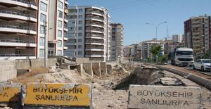 Karaköprü'de Vatandaşların Çukur Tepkisi