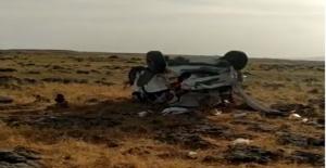 Urfa'da Otomobil Şarampole Yuvarlandı, 1 Ölü, 1 Yaralı