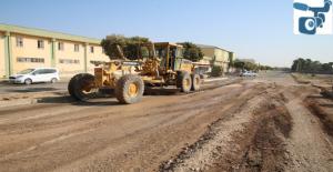 Büyükşehir, Viranşehir'de Yenihal Caddesini Asfaltlıyor